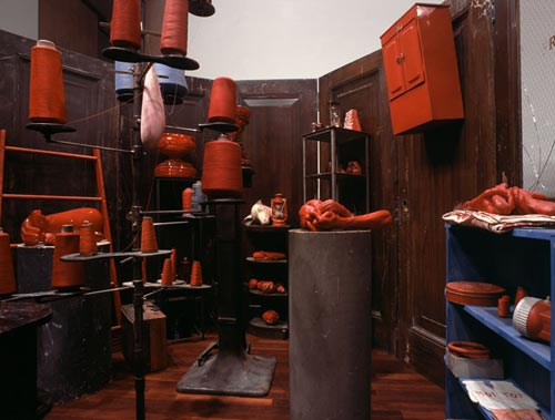 RED-ROOM-Louise-Bourgeois2